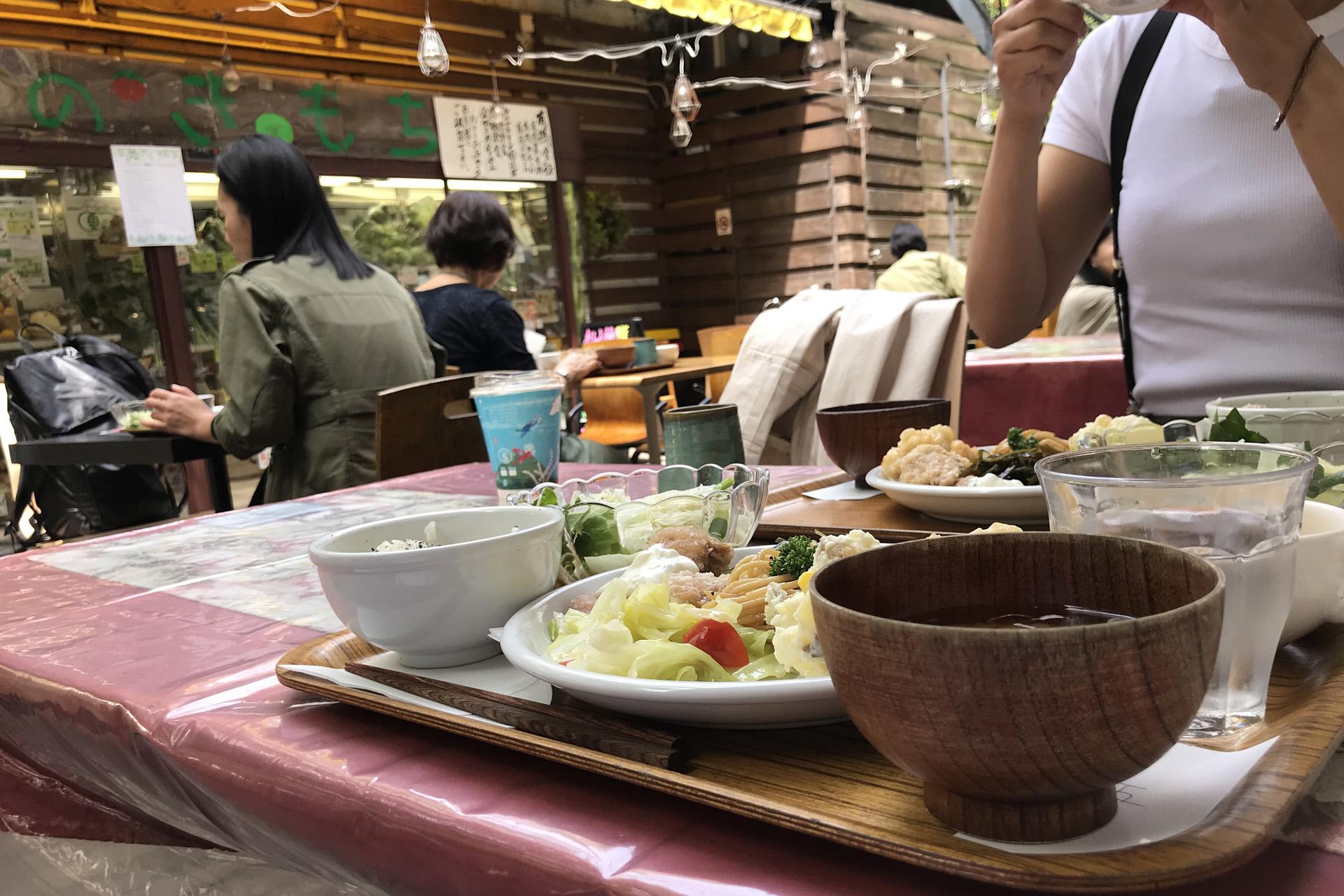クレヨンハウス オーガニックレストラン 表参道