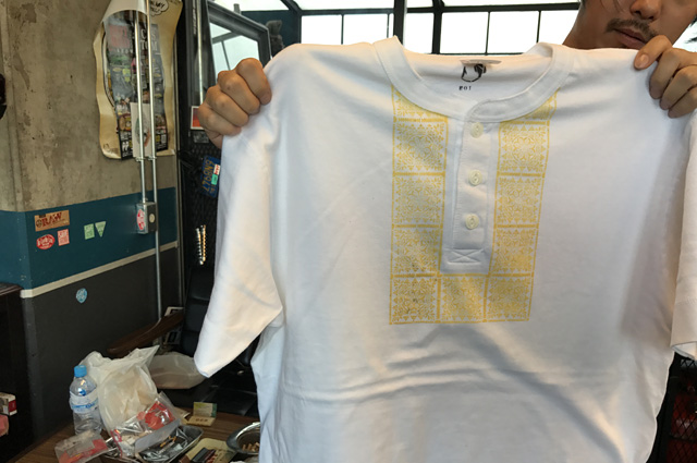 NEUTRAL(ニュートラル)製のステンシルTシャツの画像