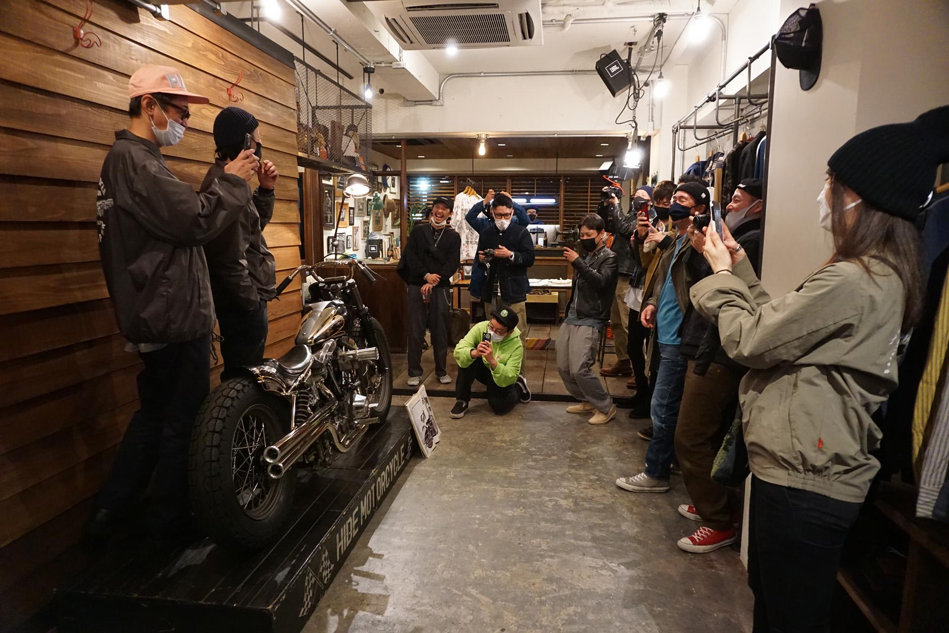 ヒデモーターサイクル ハンガー スコップ ニュートラル hidemotorcycle hunger skop neutral ハーレーダビッドソン ステンシルTシャツ