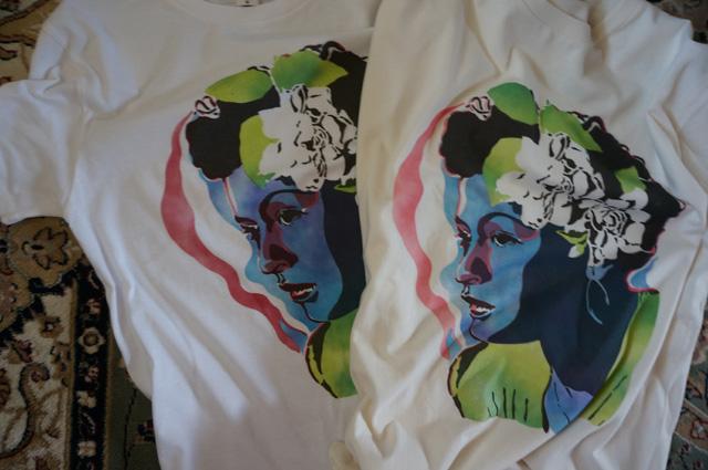 neutral(ニュートラル)製のステンシルTシャツ