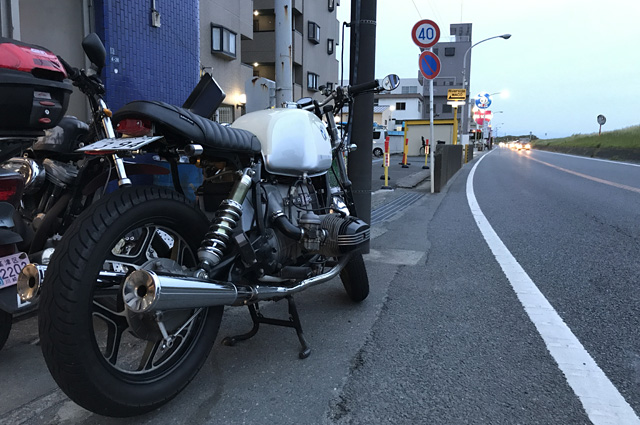 OutLoud パーツをボルトオンしたBMW R100RSの画像