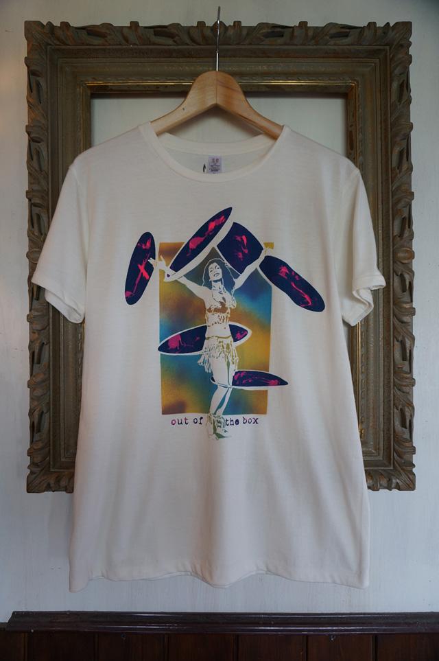NEUTRAL(ニュートラル)製のSTENCIL(ステンシル)Tシャツの画像