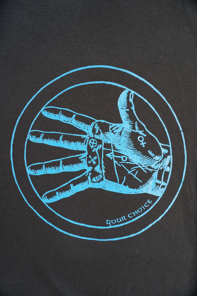 neutral(ニュートラル)作成のシルクスクリーンプリントブランド「PLOYD(プロイド)」のTシャツ画像