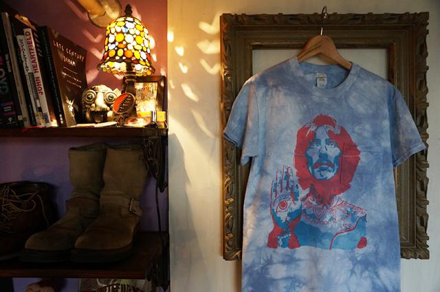 George NEUTRAL(ニュートラル)製 Harrison(ジョージ・ハリスン)のステンシルポケットTシャツ