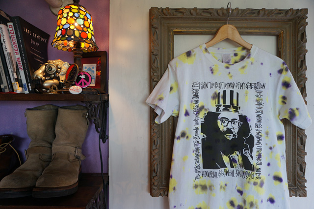 NEUTRAL(ニュートラル)製のタイダイ、ステンシルTシャツの画像